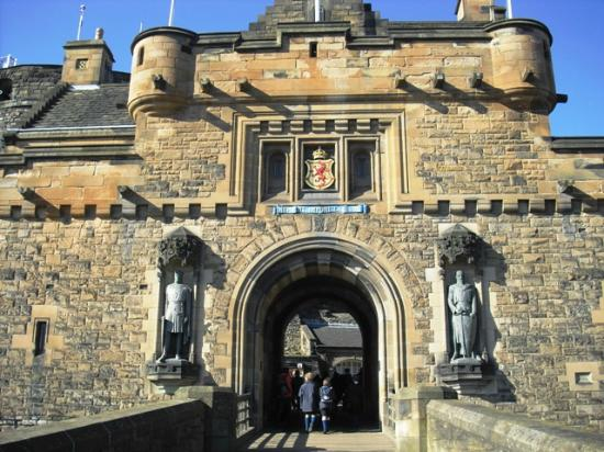 Abercorn Guest House: Edinburgh Castle