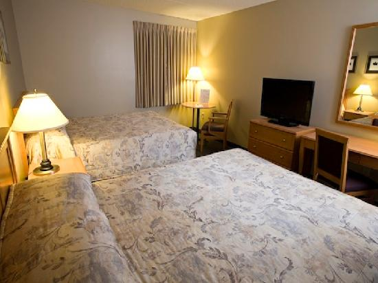 Heritage Inn Hotel & Convention Centre: Standard Double Guest Room