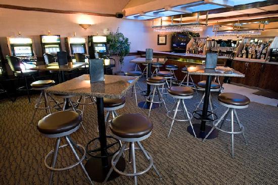 Heritage Inn Hotel & Convention Centre: Cactus Lounge