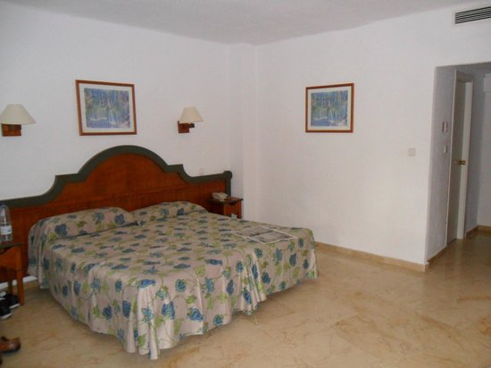 Globales Cortijo Blanco Hotel: our room - bronze/basic/lowest price