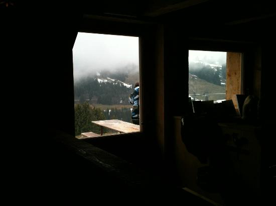 L'Etable: Looking out the window