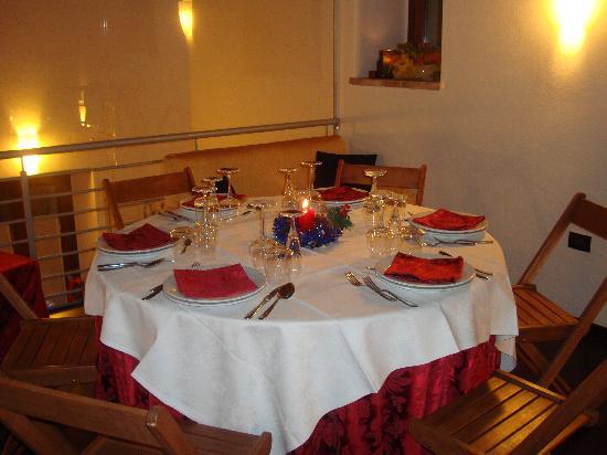 Villa Martina: Tavolo riservato sul soppalco