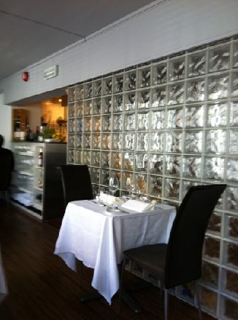 Emilies Eld Restaurant & Bar : stemningsfylt interiør