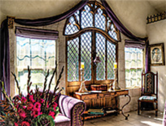 A Cottage and A Castle: Camelot suite