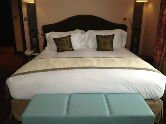 Sofitel Legend The Grand Amsterdam: The most comfortable bed in the World!!!