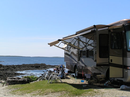 Gray Homestead Camping: A site on the ocean @ Gray's on a gorgeous day!