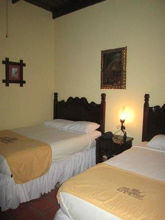 Hotel Casagrande: Esta es una de las habitaciones en la planta baja.