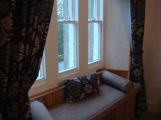 Brookhouse Guest House: view window