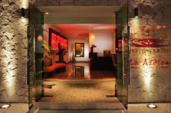 Hotel El Punto: Main Lobby