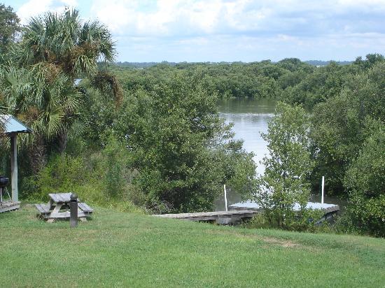 Natures Landing Condominium: Launch Your Kayak right here