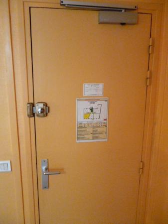 Hotel Ramey: Porta. Particolare