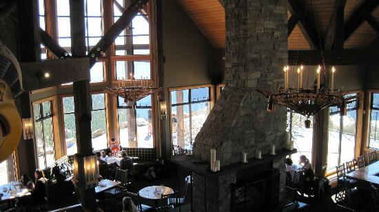 Glacier Mountaineer Lodge: Eagle Eye Restaurant