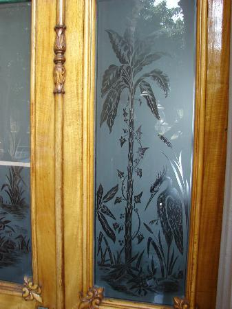 Etched glass on palace door picture of iolani palace honolulu iolani palace etched glass on palace door planetlyrics Image collections