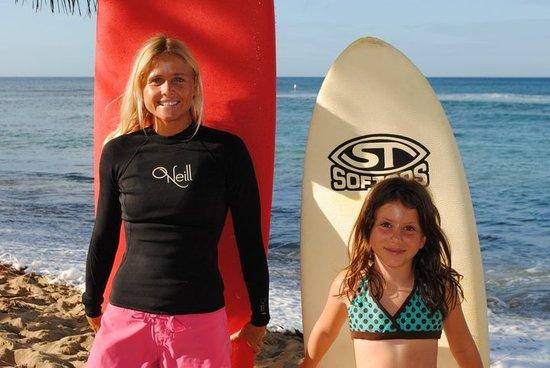 Puntas Surf School: surfergirls!