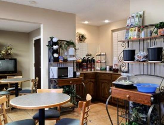 Motel 6 Safford : Breakfast Area