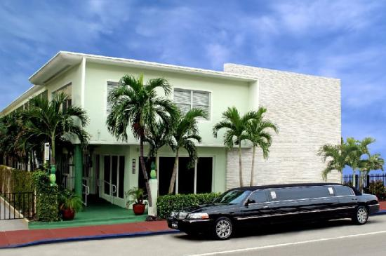 Suites on South Beach Miami: Exterior