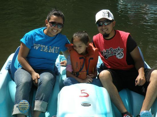 Fun Valley Family Resort: Jaz, Kaleb and Brianna