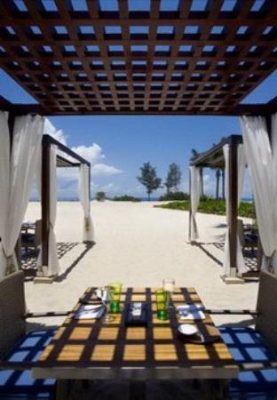 The Ritz-Carlton Sanya Yalong Bay: Exterior