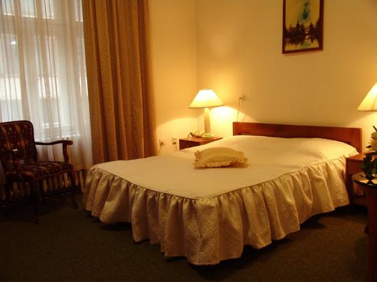 Hotel Union Belgrade: Doublebed Room
