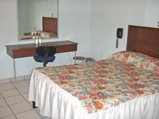 Hotel La Roca: Guest Room
