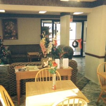 Executive Inn and Suites Mesquite: Lobby View