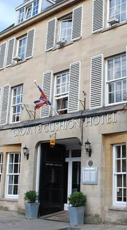 Crown and Cushion Hotel
