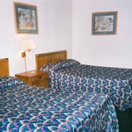 Imperial Motel: Guest Room