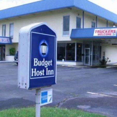 Photo of Budget Host Inn & Suites Muskogee