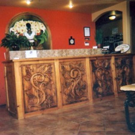 Camino Real Hotel: Lobby View