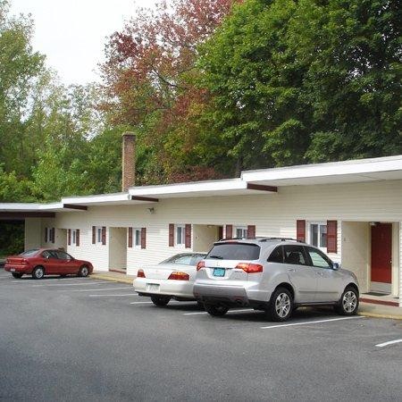 Photo of Bedford Motel