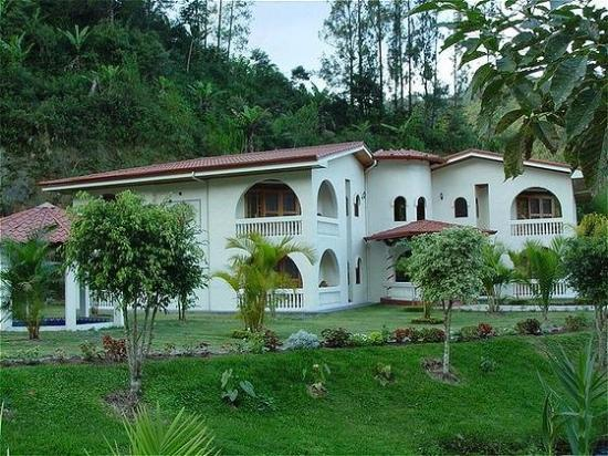 Cartago, Costa Rica: junior suite group