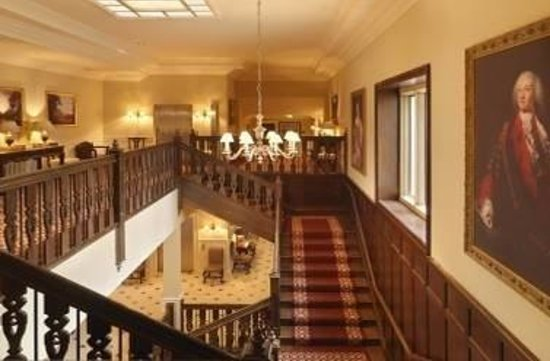 Lough Eske Castle, a Solis Hotel & Spa: Front Staircase