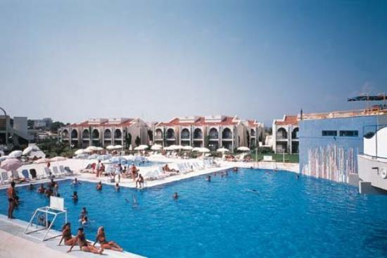Paloma Oceana Resort: Outdoor Swimming Pool