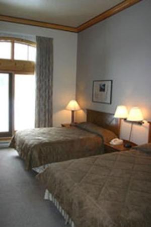 The Inn at Solitude: Deluxe Queen Room
