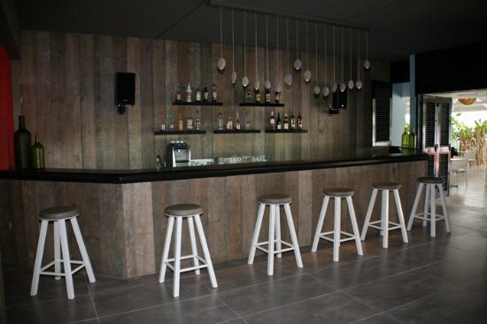 Bwa Chik Hotel & Golf: Bar Bwa Chik