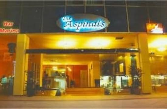 Aspinals Hotel : Exterior