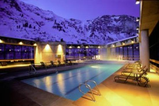 The Cliff Lodge & Spa: Spa Pool