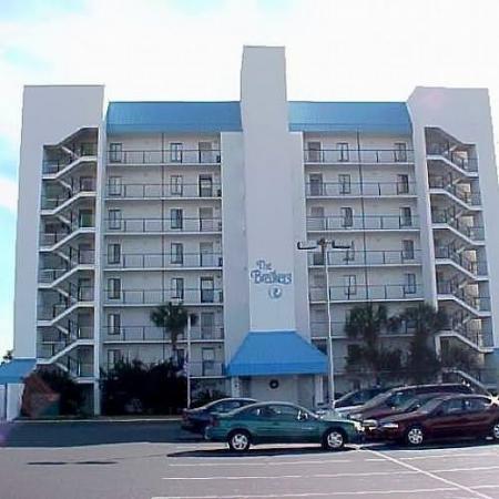 Indigo Condominiums : Exterior