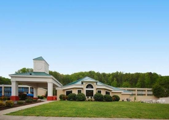 Baymont Inn & Suites Harriman