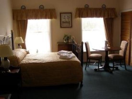 The Bridge Hotel at Sutton Bridge: Guest Room