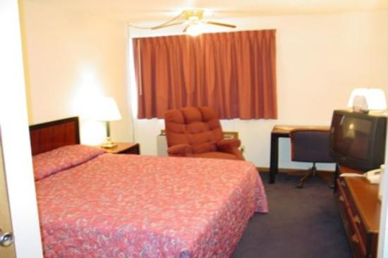 Road Star Inn - Madison: Guest Room