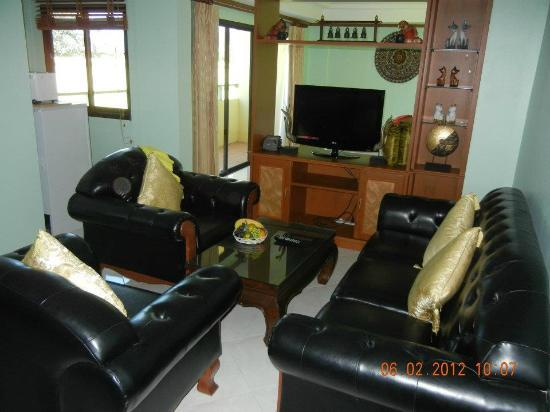 camera suite baan ss karon phuket feb 2012