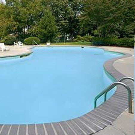 Photo of Wynwood Plaza Hotel Newport News