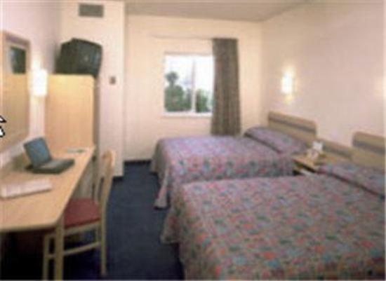 Motel 6 Lemoore: Guest Room