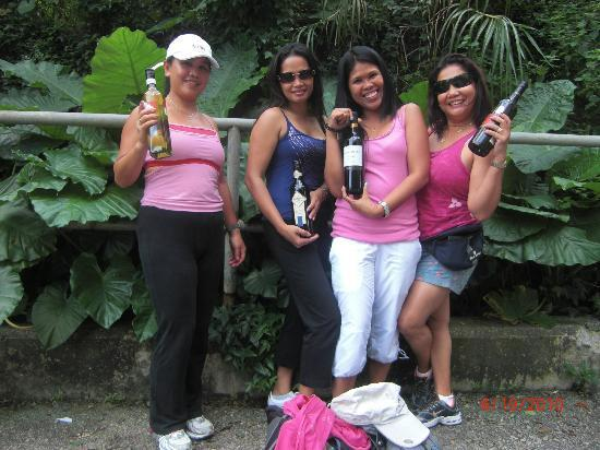Hash House Harriers: Wine taste extremely fantastic especially after the run!