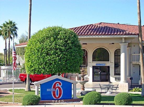 Motel 6 Chandler: Exterior