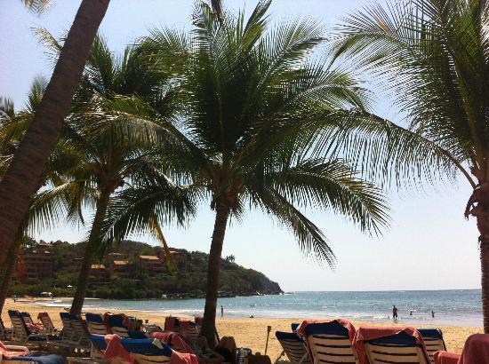 Club Med Ixtapa Pacific: View from my beach chair