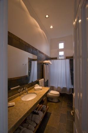 Zerohotel: Bathroom