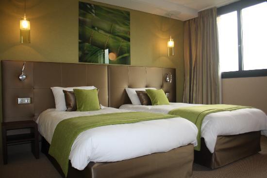 Hotel Le Quercy : chambre Zen