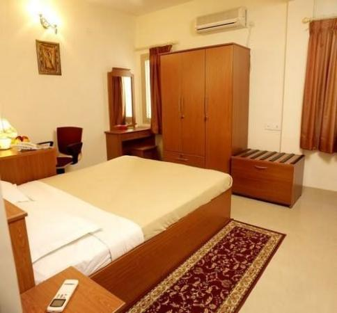 Chalet Tulips Serviced Apartments: Other
